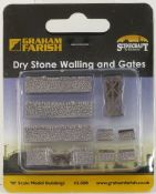 Farish 42580 Dry Stone Walling and Gate